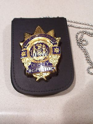 Pussy inspector badge soltero